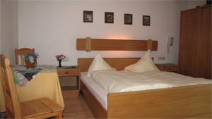 Dreibettzimmer 31